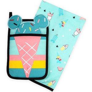 Mickey & Minnie Mouse Pot Holder & Kitchen Towel